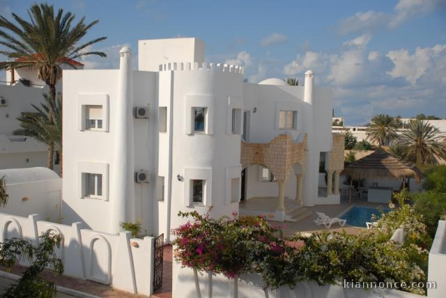Location maison meubl e pas cher djerba tunisie villa rosa for Jardin 2000 tunisie