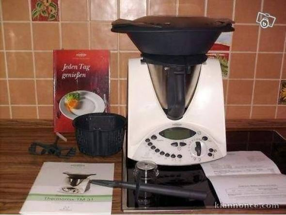 thermomix tm5 etat neuf a vendre paris 3eme ardt loisirs gastronomie. Black Bedroom Furniture Sets. Home Design Ideas